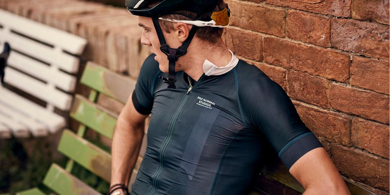Barry reviews the Mechanism Jersey and Bibshorts from Pas Normal Studios f046615e4